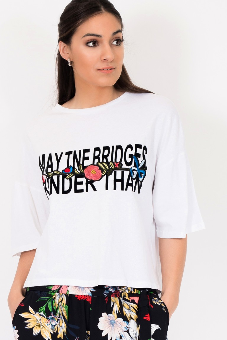"T-SHIRT BORDADA ""MAY THE BRIDGES"""